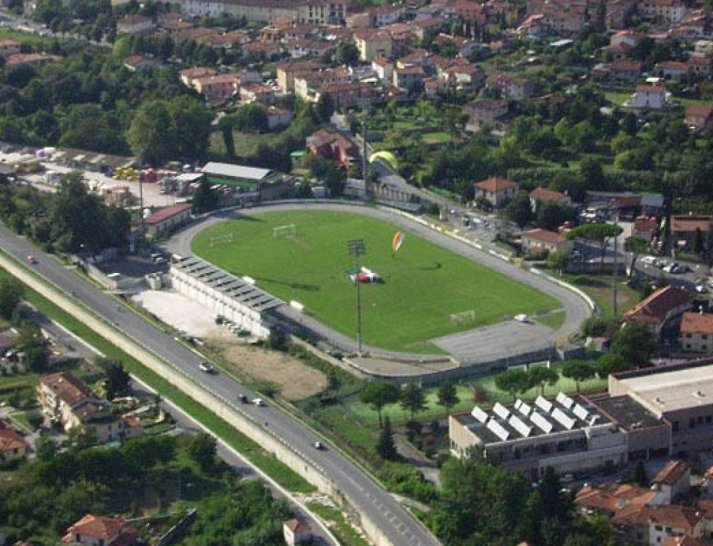 """LO STADIO DI DOMENICA – Il """"Comunale"""" di Camaiore. Le info utili per i tifosi azzurri"""